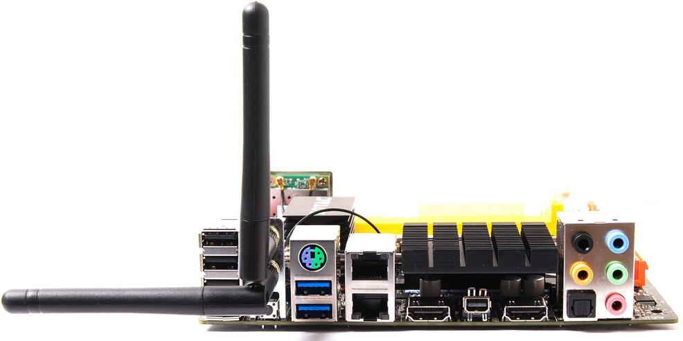 best-gaming-motherboard-with-wifi